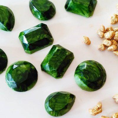 tesoros gemas gemoastrología